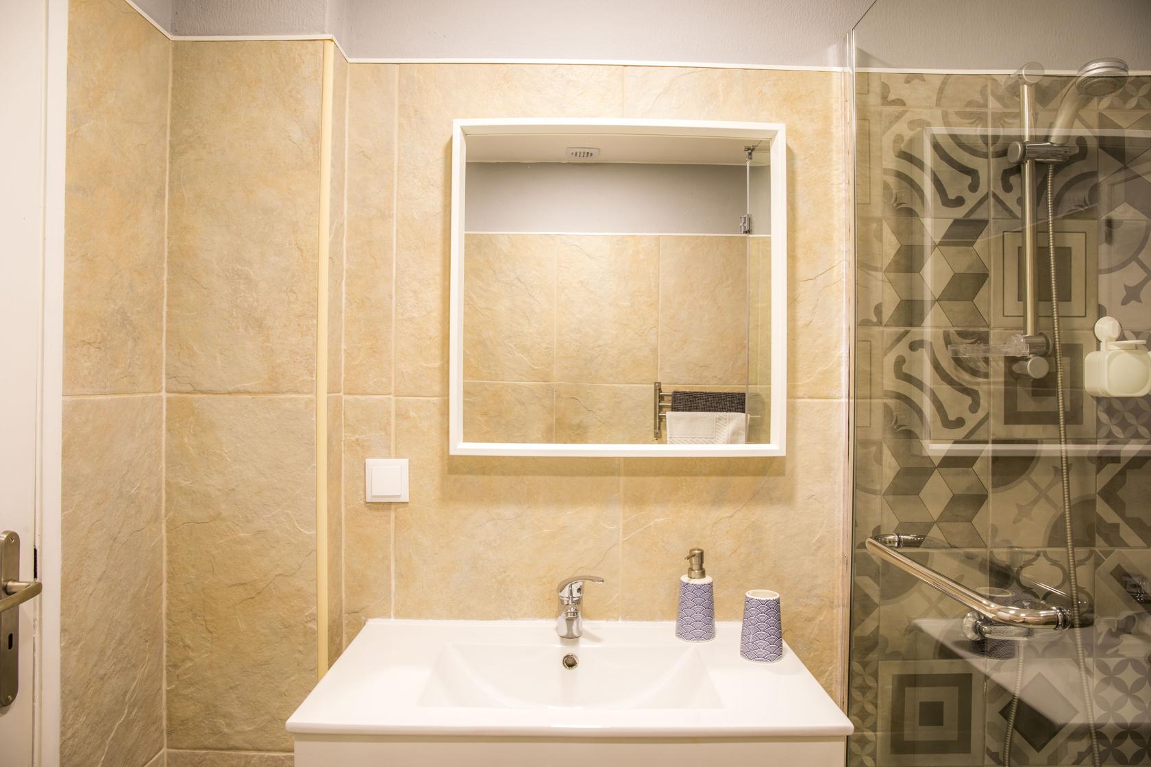 deflat-bathroom